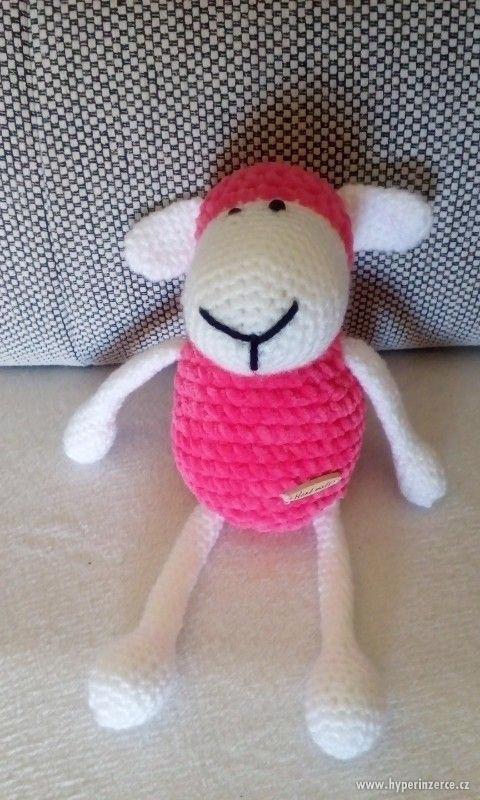 Ručně háčkovaná ovečka - foto 2