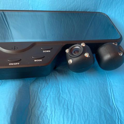 Kamery do auta - zpětné zrcátko - 2x duální kamery s FULL HD