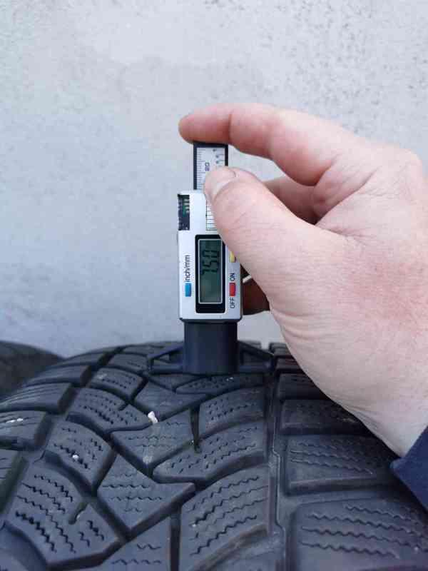 215/55R17 zimní pneu škoda superb III 6,5x17 5x112x57 ET41 - foto 12