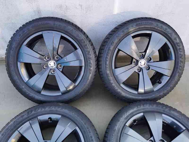 215/55R17 zimní pneu škoda superb III 6,5x17 5x112x57 ET41 - foto 1