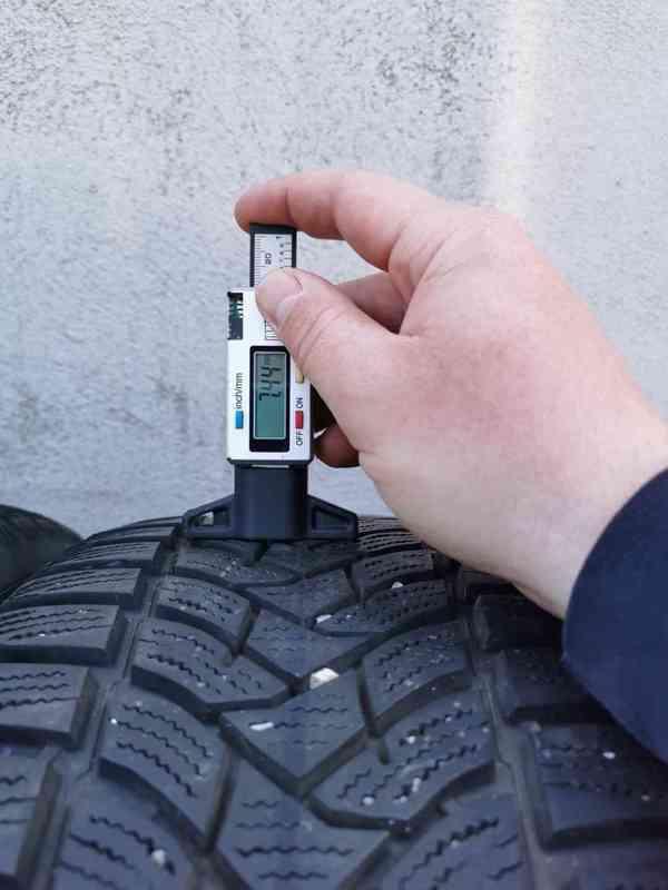 215/55R17 zimní pneu škoda superb III 6,5x17 5x112x57 ET41 - foto 14