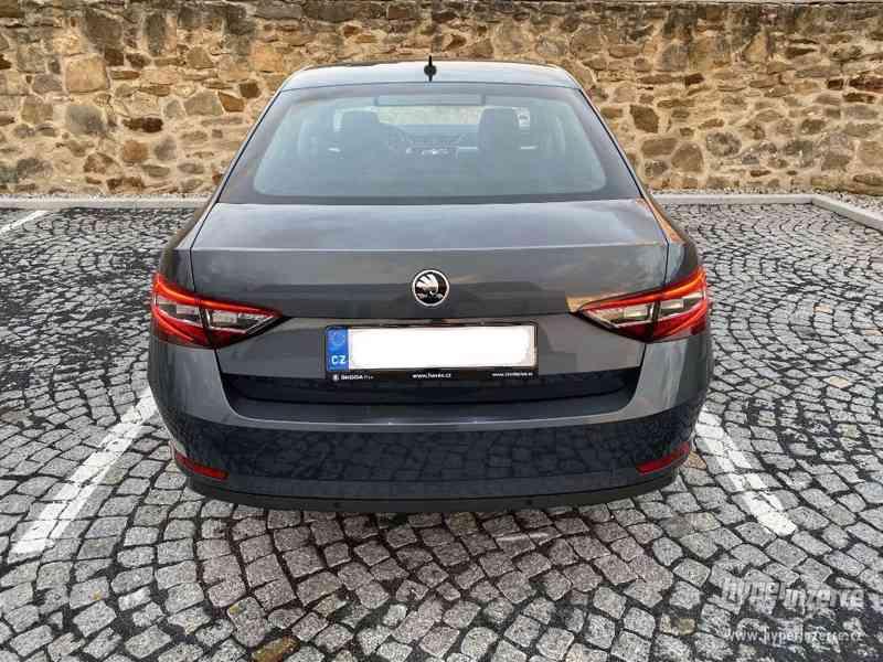 Pronájem Škoda Superb 2.0 TDI AUTOMAT UBER, BOLT, TAXI - foto 4