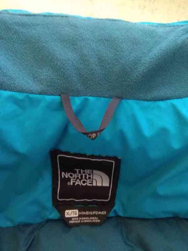 Péřová vesta The North Face - foto 2