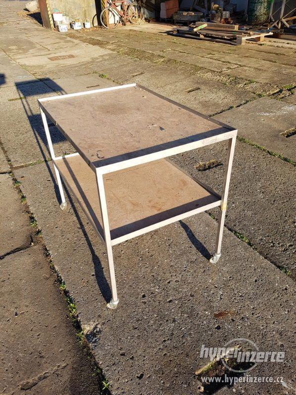 Pojízdný montážní stolek - vozík - foto 2