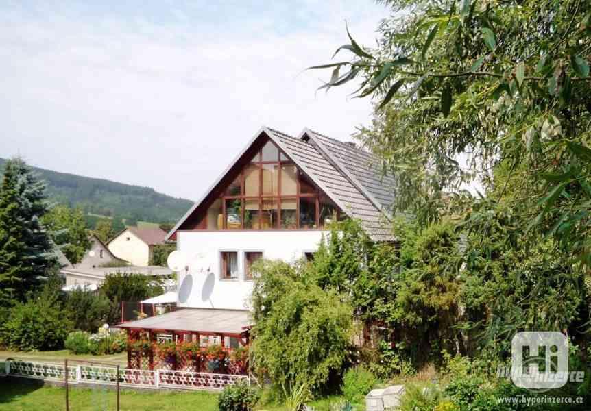 Jeseníky -Silvestrovsky týdenní pobyt- apartmán až 4 os.