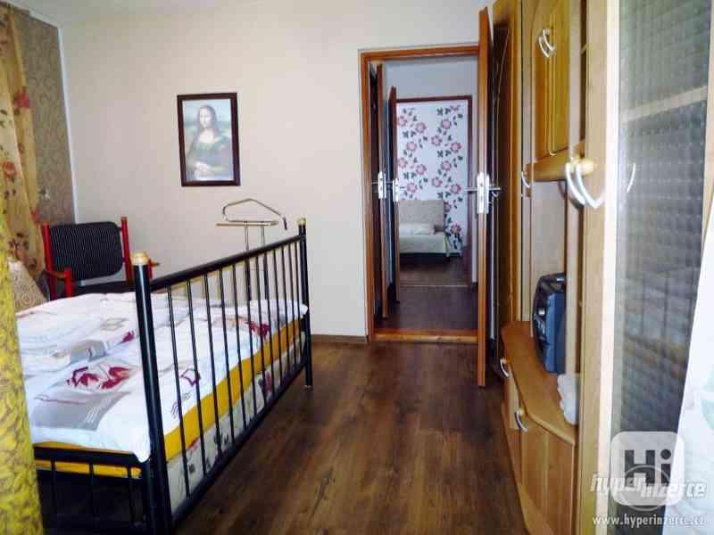 Jeseníky -Silvestrovsky týdenní pobyt- apartmán až 4 os. - foto 15