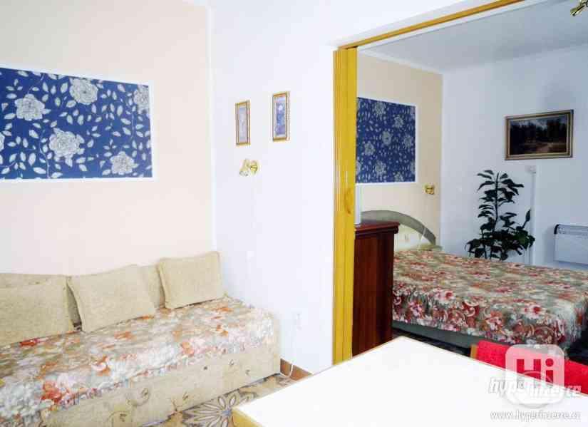 Jeseníky -Silvestrovsky týdenní pobyt- apartmán až 4 os. - foto 17