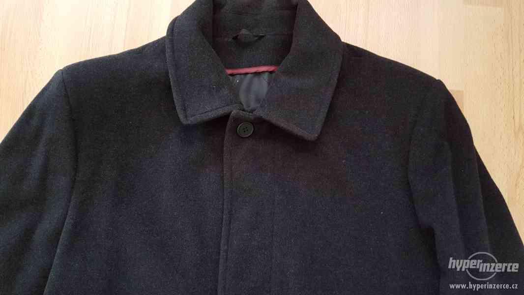 Panský černý kabát velikost 58- NOVÝ - foto 2