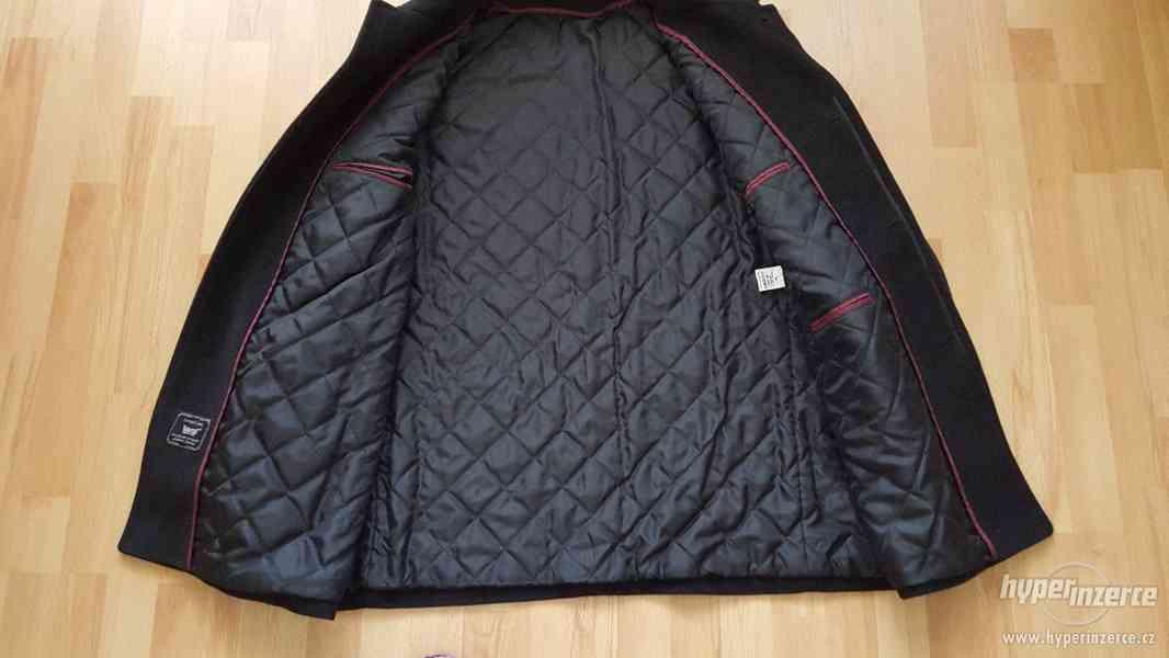 Panský černý kabát velikost 58- NOVÝ - foto 3