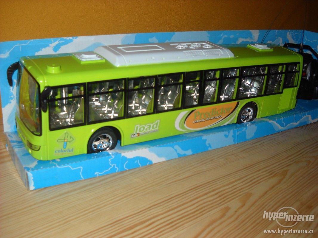 Autobus na vysilačku - foto 1