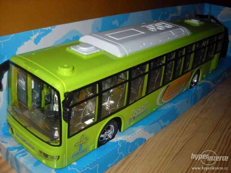 Autobus na vysilačku - foto 2