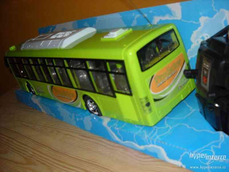 Autobus na vysilačku - foto 4