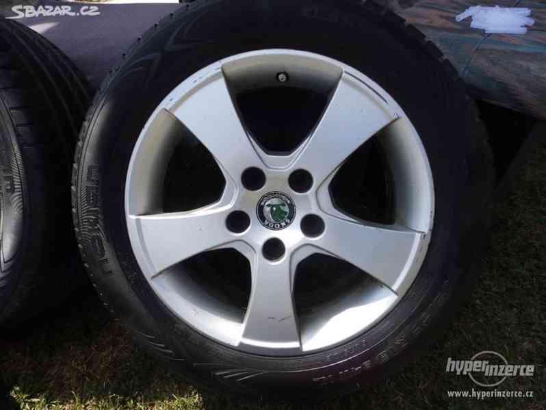Alu kola Škoda Octavia II se zimními pneu