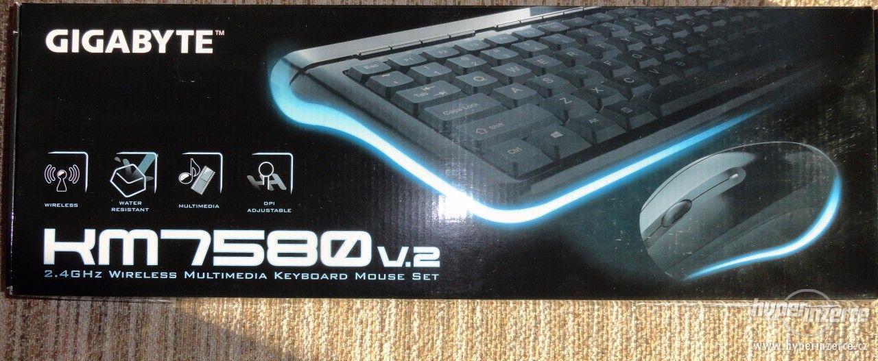 Bezdrátová klávesnice s myší GIGABYTE KM7580 CZ - foto 2