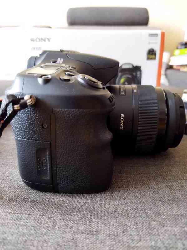 Fotoaparát Sony Alpha 68 +objektiv 18–55 mm - doprava zdarma - foto 7