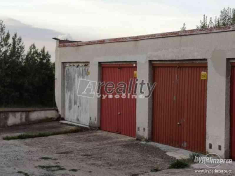 Prodej řadové garáže, Tábor
