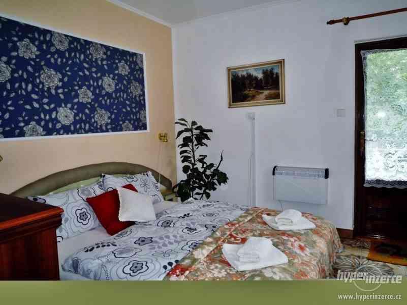 Jeseníky - ubytování v apartmánu  až 4 os. Privátní vchod. - foto 4