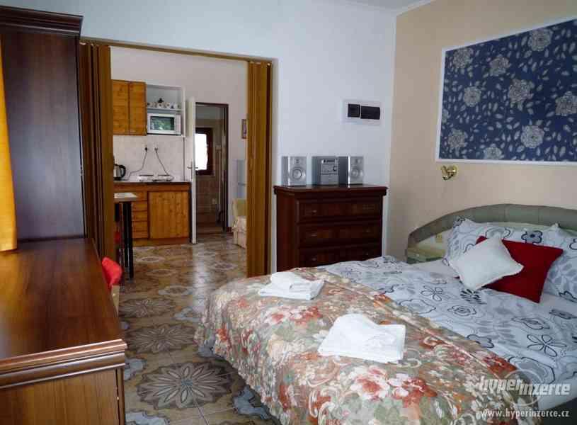 Jeseníky - ubytování v apartmánu  až 4 os. Privátní vchod. - foto 5
