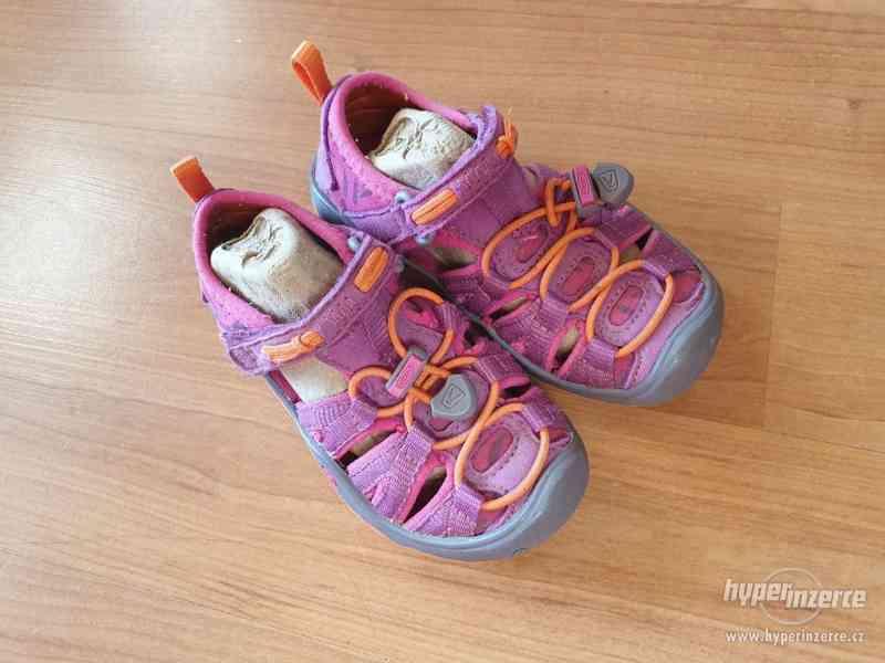 Dívčí  sandály KEEN vel. 24