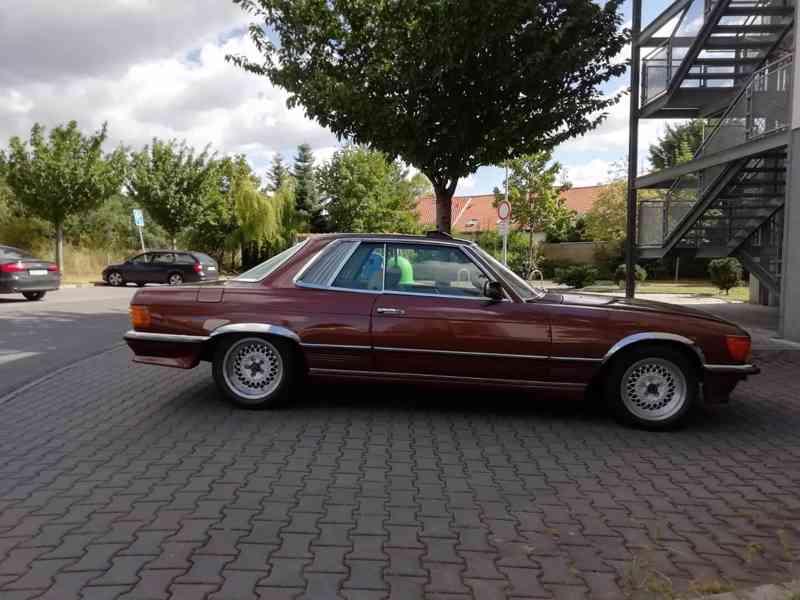 Mercedes Benz - foto 6