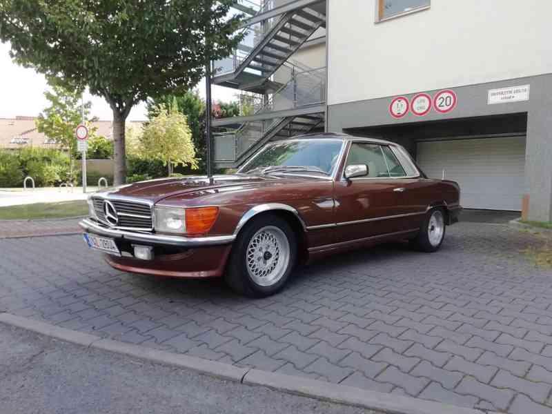 Mercedes Benz - foto 18