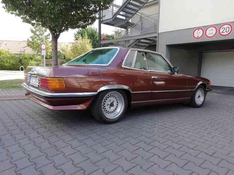 Mercedes Benz - foto 14