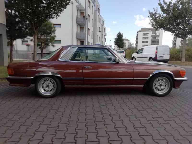 Mercedes Benz - foto 13
