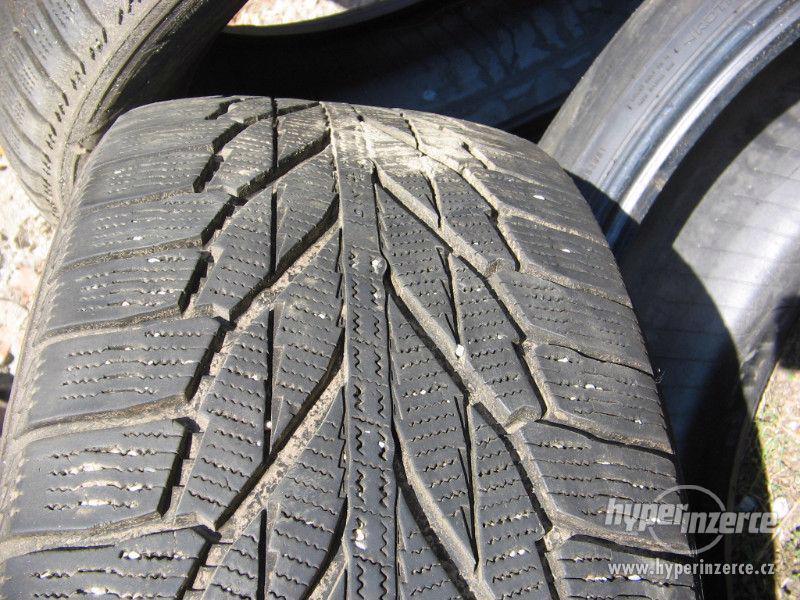 Prodám tři pneu Nokian 225/55 R18 - foto 4