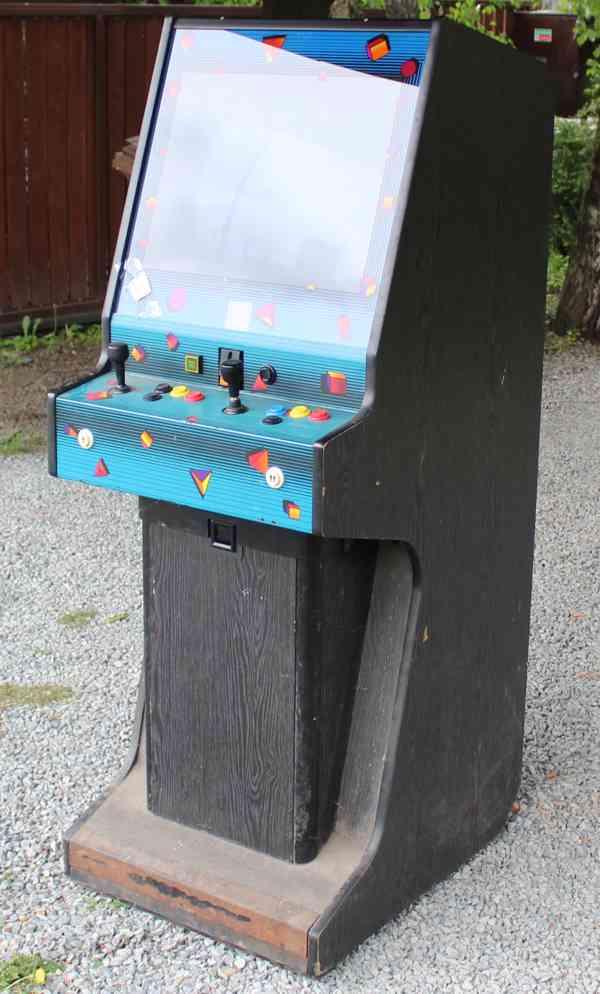 Zábavní herní hrací automat UCP Midi CUSTOM