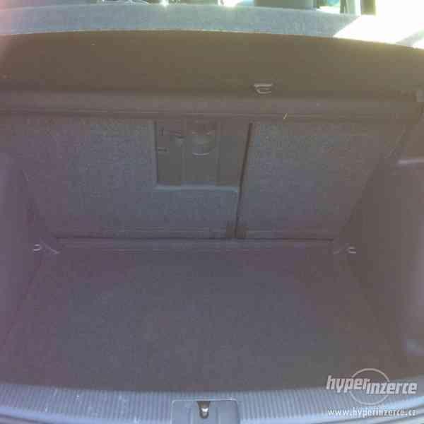 Volkswagen Golf Plus 1.9/77kW+navíc sada kol - foto 5