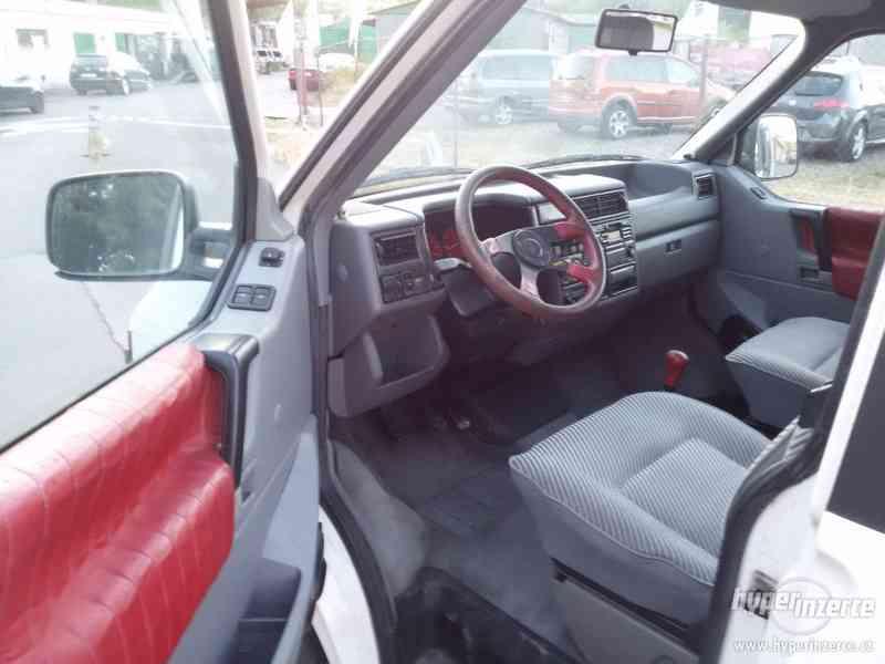 VW Multivan 2.5 Projektzwo - foto 9