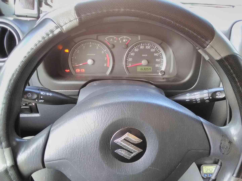 Suzuki Jimny 2005 - foto 1