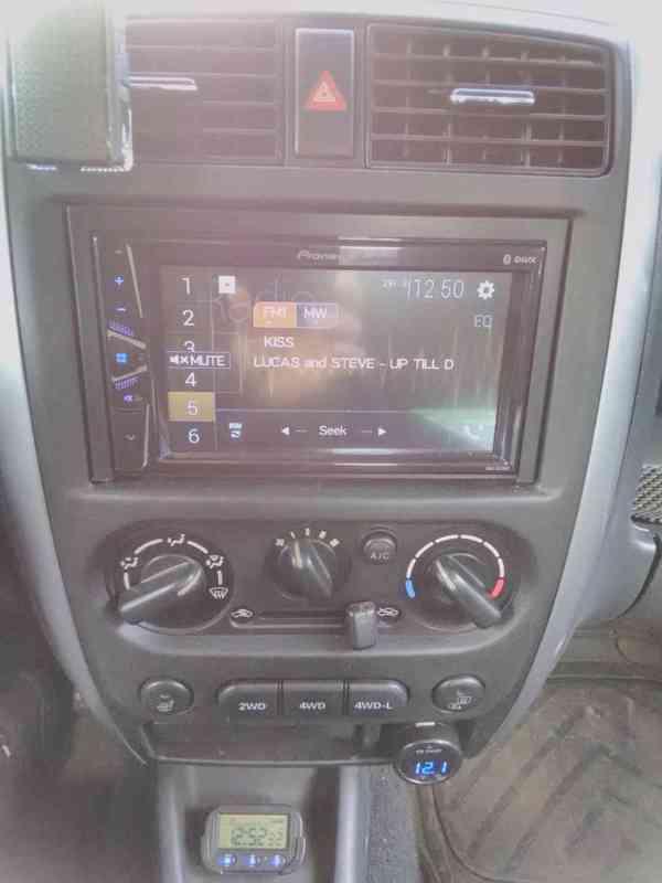 Suzuki Jimny 2005 - foto 2