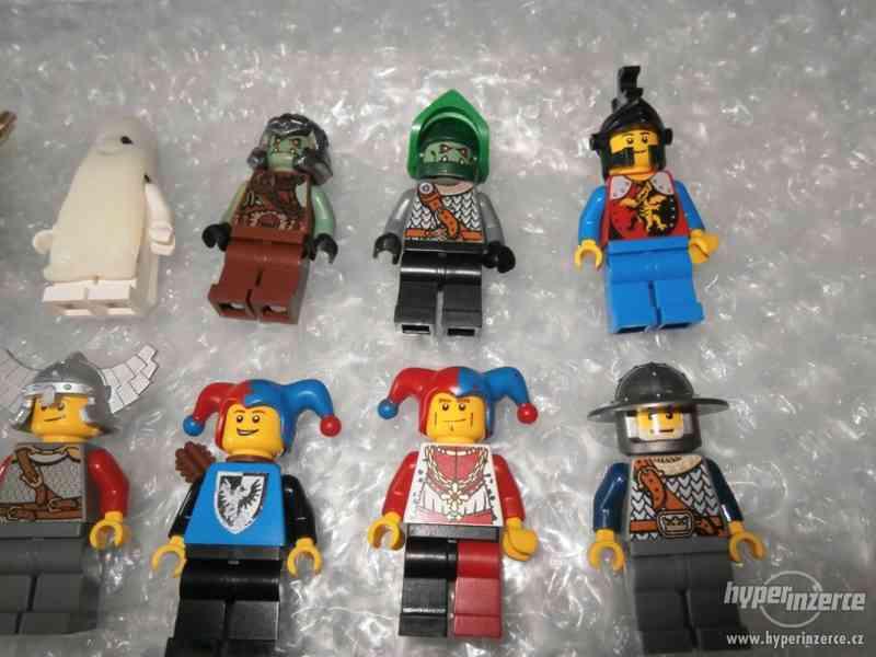 LEGO CASTLE MINIFIGURKY 32KS + DOPLŇKY - foto 3