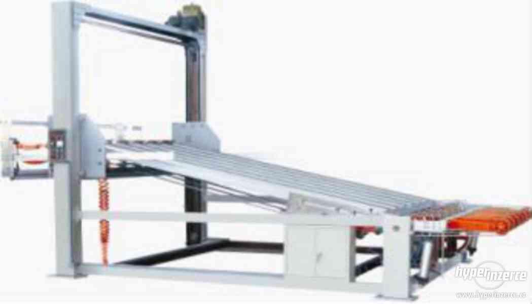 Automatický rotační výsekový stroj - foto 6