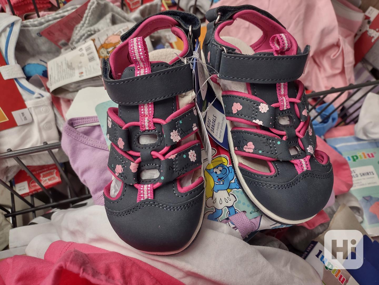 Dívčí sandále - foto 1