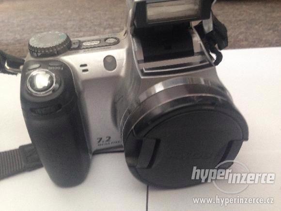 Fotoaparát digitální SONY DSC-H5 - foto 2