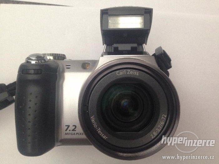 Fotoaparát digitální SONY DSC-H5 - foto 4