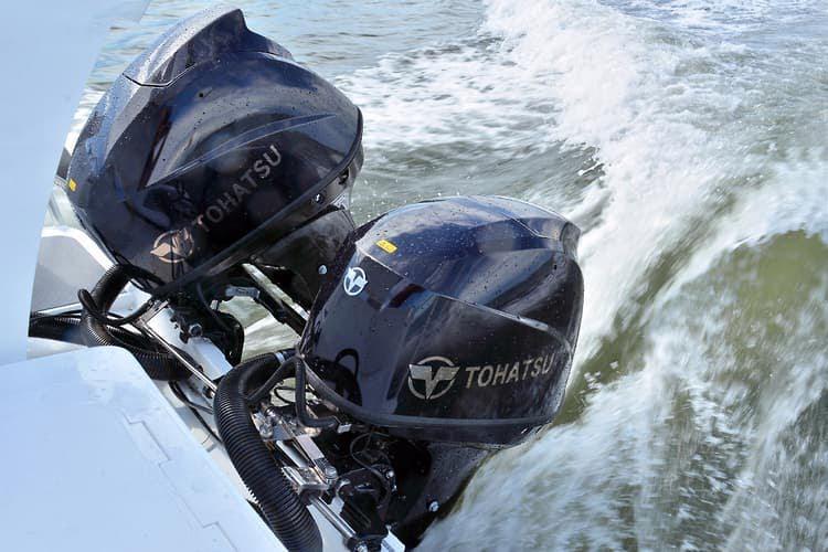 Čtyřtaktní přívěsný motor Tohatsh 60 HP - foto 5