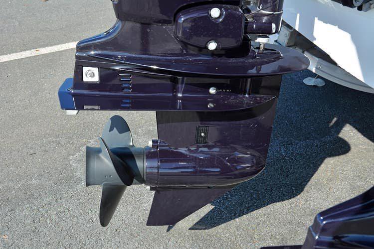 Čtyřtaktní přívěsný motor Tohatsh 60 HP