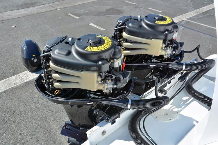 Čtyřtaktní přívěsný motor Tohatsh 60 HP - foto 3