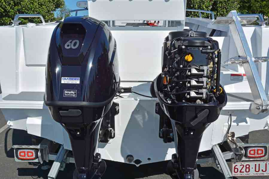 Čtyřtaktní přívěsný motor Tohatsh 60 HP - foto 9