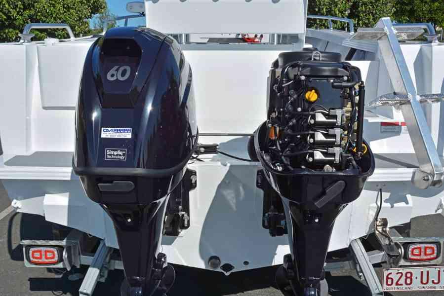 Čtyřtaktní přívěsný motor Tohatsh 60 HP - foto 8