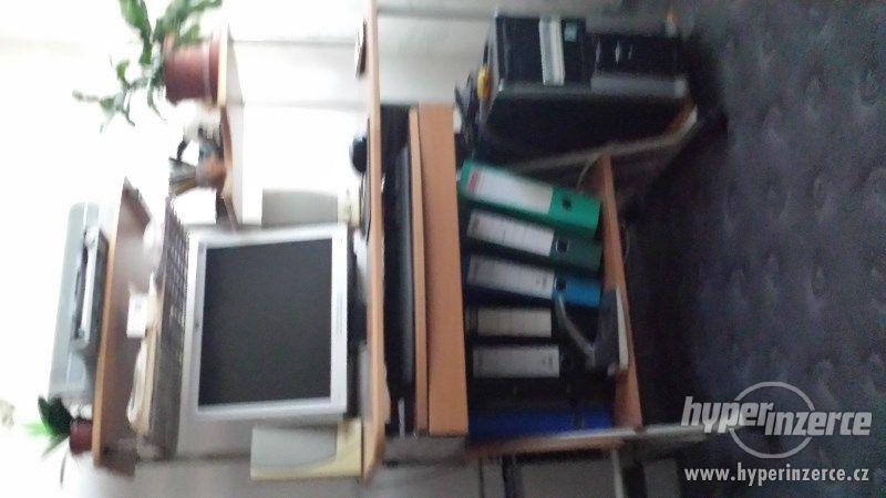 PC stolek - foto 1