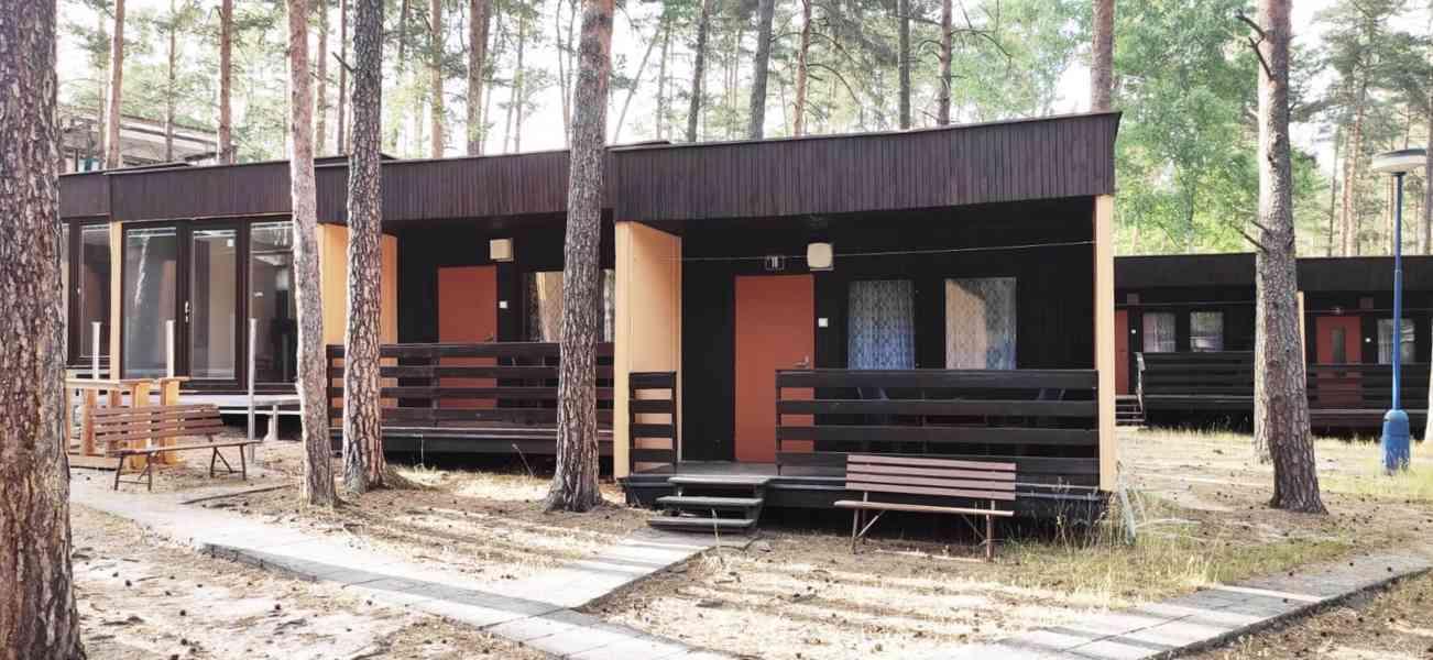 Ubytování v chatě s koupelnou, Máchovo jezero 2021