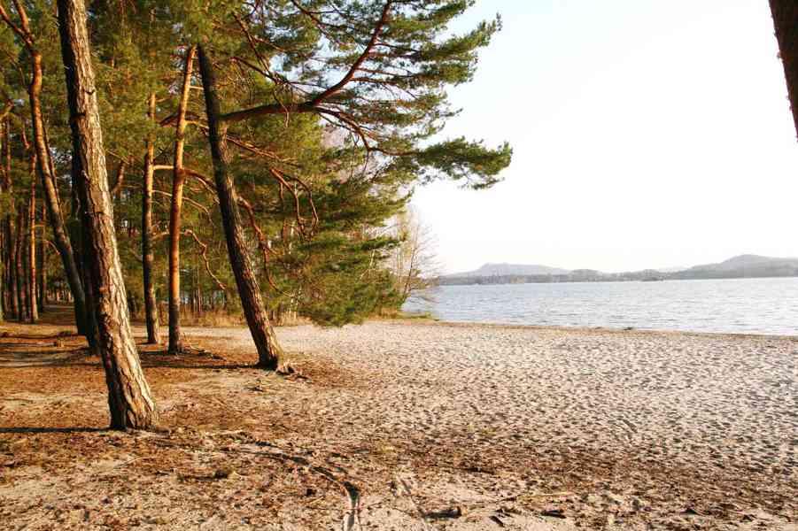 Ubytování v chatě s koupelnou, Máchovo jezero 2021 - foto 16