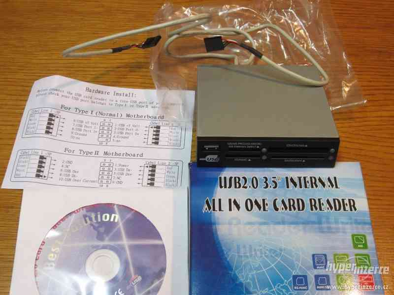 """Čtečka paměťových karet 3,5""""  USB 2.0."""