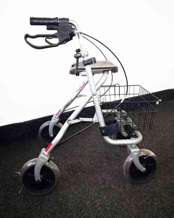 Chodítko pro seniory INVACARE- invalidní vozík