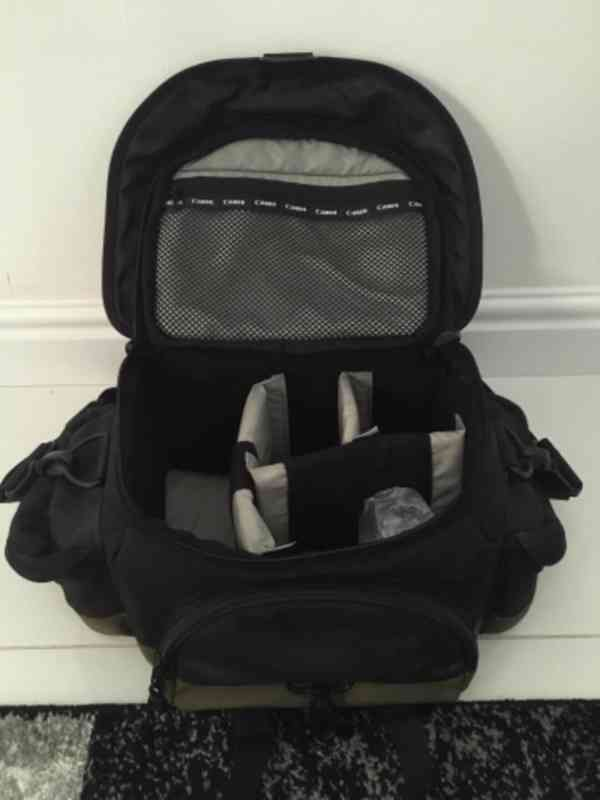 Canon LEGRIA HF200+stativ+taška, bez baterie (nová 450Kč) - foto 5