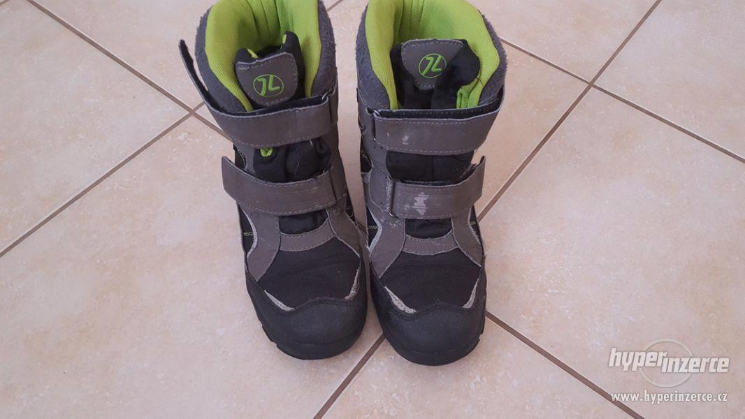 Zimní boty vel. 35